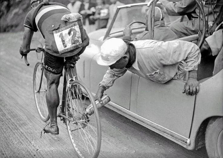 Gino Sciardis en el Tour de France de 1949  #bicicleta #ciclismo http://www.todobicis.net