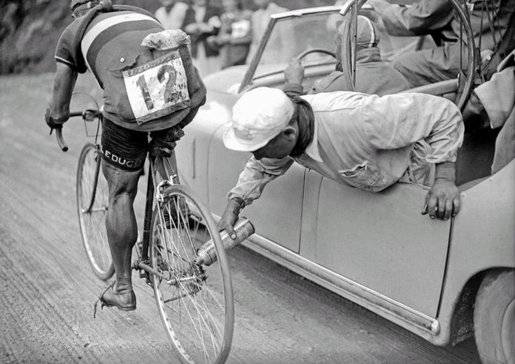 When real men and raw talent ruled Tour de France – A picture that tells you a million stories