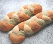 Rezept bunter Brotzopf...Hingucker auf Büffet - Rezept aus der Kategorie Brot & Brötchen