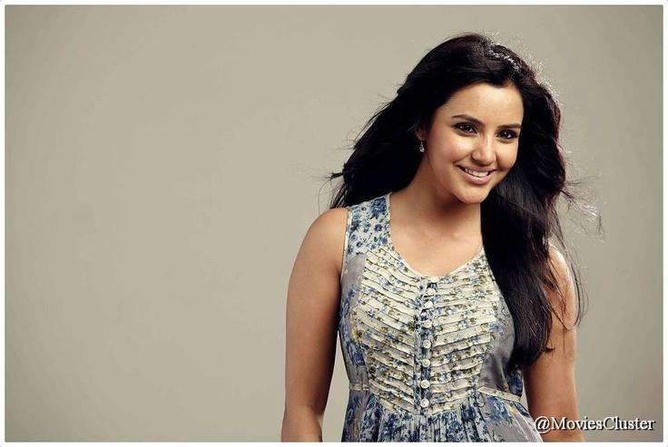 Ethir Neechal Movie Stills HD - Sivakarthikeyan, Priya Anand, Nandita, Ethir Neechal Movie Images
