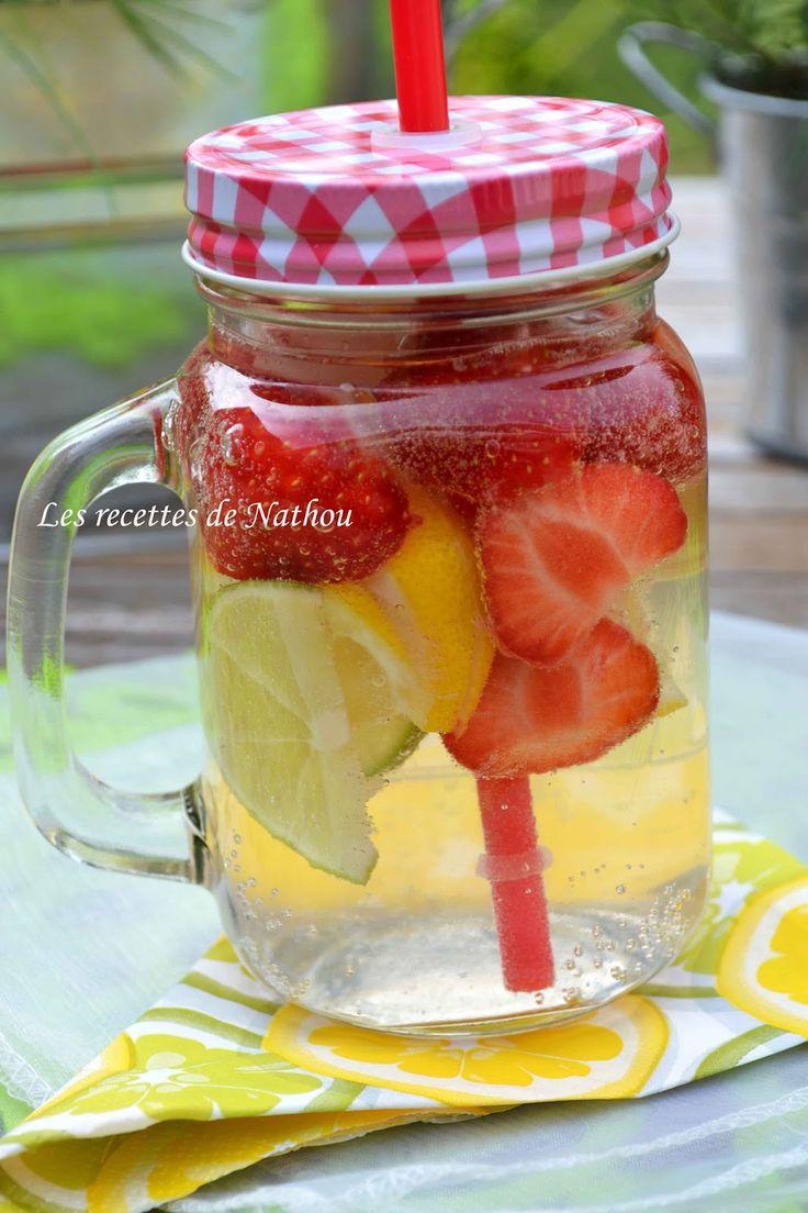 Les recettes de Nathou: Eau aromatisée au citron jaune, citron vert et fraises (Detox water)