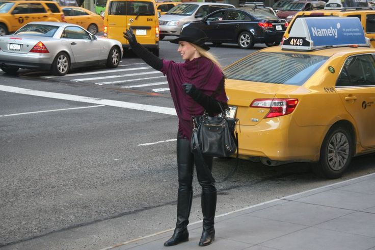 sciarpa Gucci, borsa Balenciaga