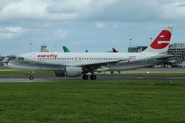 I-EEZI A320 Eurofly