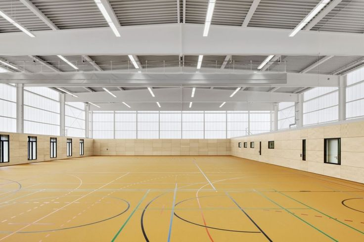 Sports Hall Zehlendorfer Welle / KSP Jürgen Engel Architekten