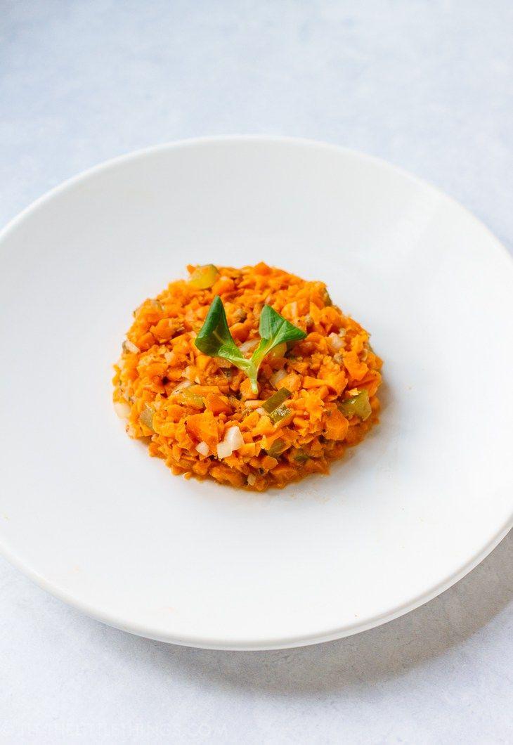 Recensie van Niven Kunz kookboek '80/20', met o.a. de befaamde carbonara van snijbonen + het recept voor tartaar van wortel.