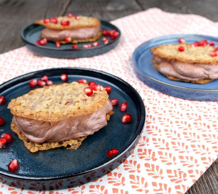 Veganske havreflarn (kok sjokolade og ta det på, trenger ikke å være med fyll)