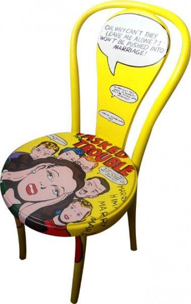sedia dipinta Trouble