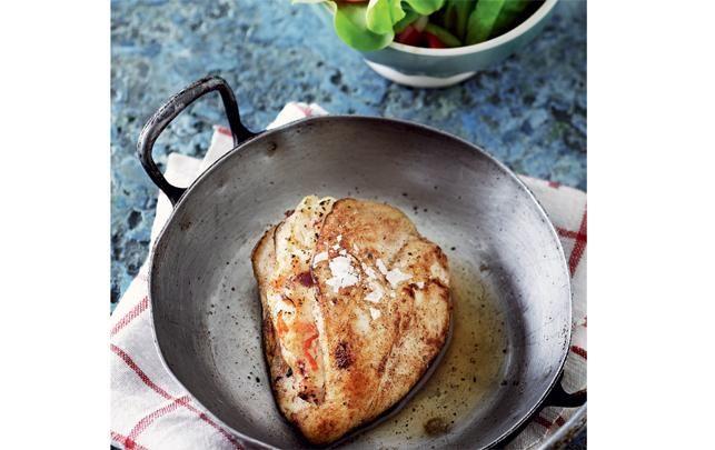 Kyllingfilet med soltørrede tomater og feta