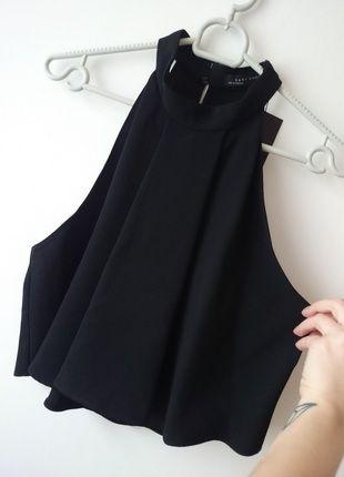 Kup mój przedmiot na #vintedpl http://www.vinted.pl/damska-odziez/koszule/12597738-piekny-top-z-dekoltem-halter-zara-basic