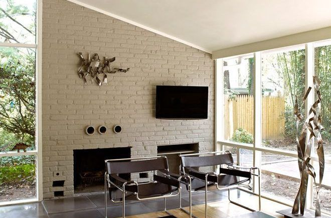 painting-brick-walls-living-room-midcentury-with-raked-ceiling-modern-toy-organizers-660x435.jpg 660×435 pixels