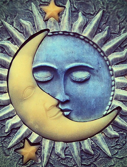 sun and moon by Ira Gelb, via Flickr