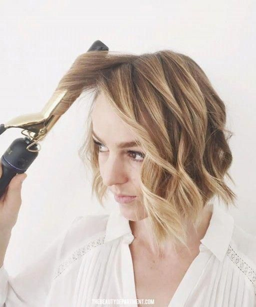 This new tutorial will give you chic wavy hair like Lauren Conrad and Ashley Tisdale - HelloGiggles #ShortWavyHairstyles