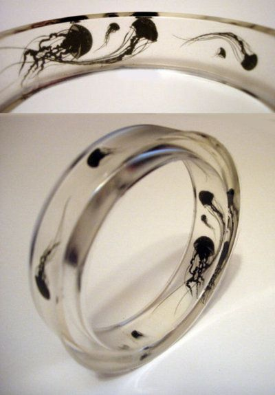Ring Jellyfish #Gothic #Jewelry My dad would love this!!!!!!!!!!