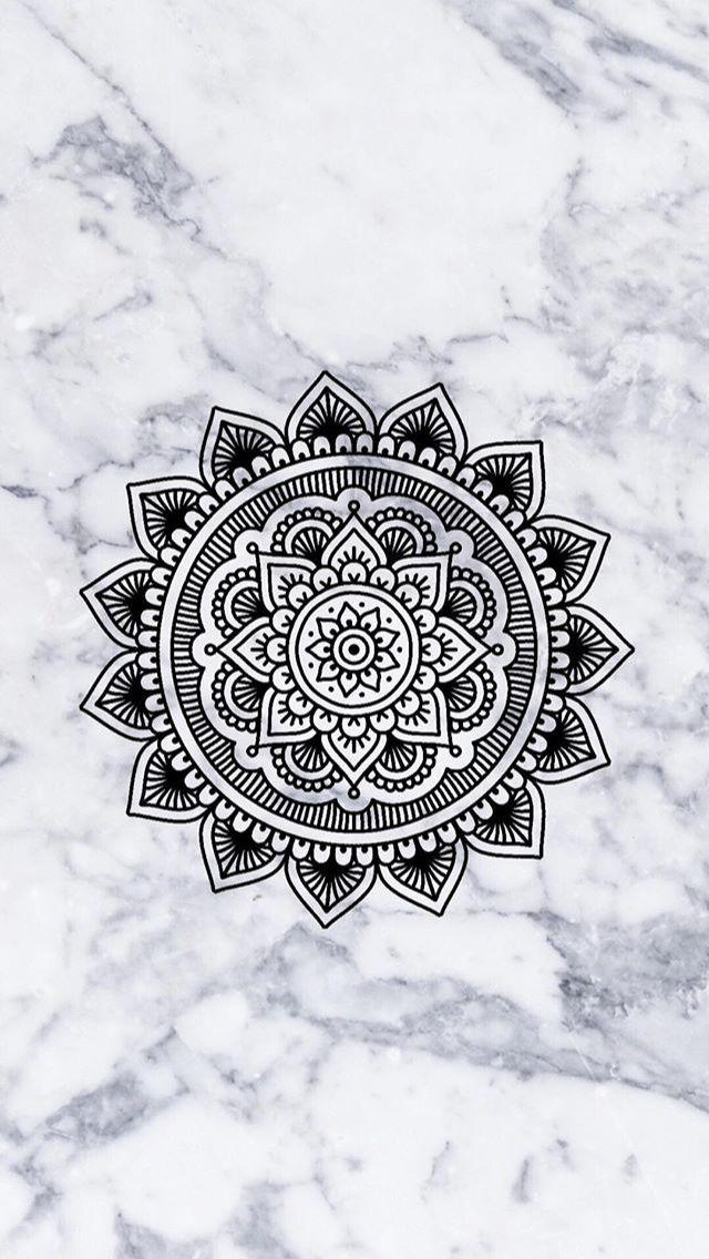 Mandala sur fond marbre
