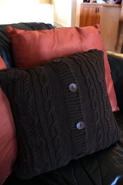 if only I could sew!!: Sweaters, Old Sweater, Diy Crafts, Sweater Pillow, Comfy Couch, Sewing Machine, Diy Pillows, Couch Pillow