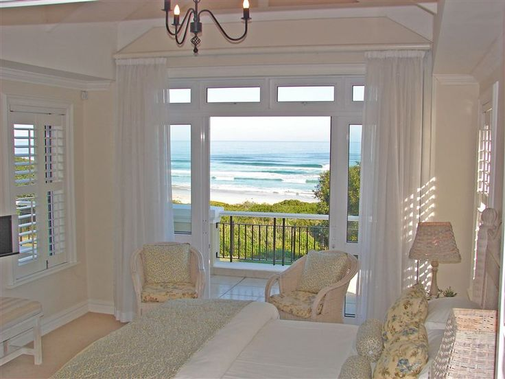 Sandals Beach Villa - Sandals Beach Villa is situated on Grotto Beach in Hermanus, known as the best land-based whale watching location in the world.  Grotto Beach is an internationally accredited Blue Flag beach and is accessible ... #weekendgetaways #hermanus #southafrica