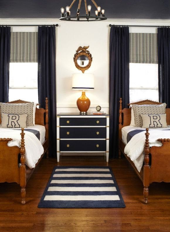 Get Cozy In This Ultratraditional Navy And White Boy S Room Love The Elements In This Boy S Room