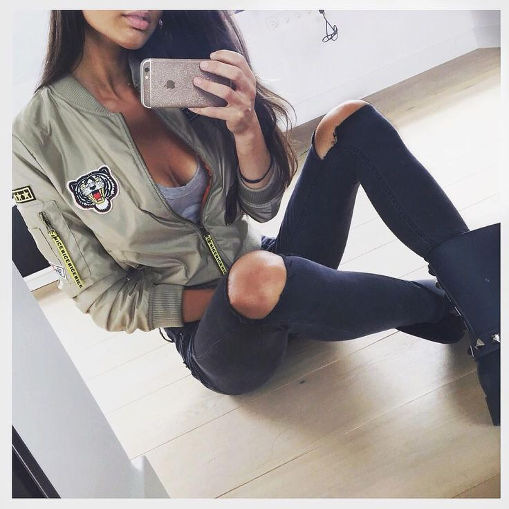 Street style, casual outfit, great chic, sexy chic, bomber jacket, black ripped jacket