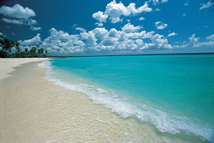Turquoise water in Punta Cana, Dominican Republic