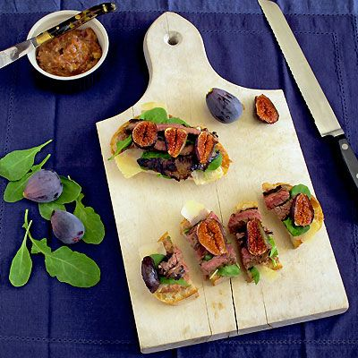 open-faced flank steak and arugula sandwiches with fig & red onion jam from sippitysup.com