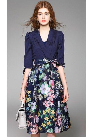 #Rochie de zi Up, cu partea de jos cu model floral si sus uni este ideala pentru zilele de primavara!Comanda pe #TopFashion!