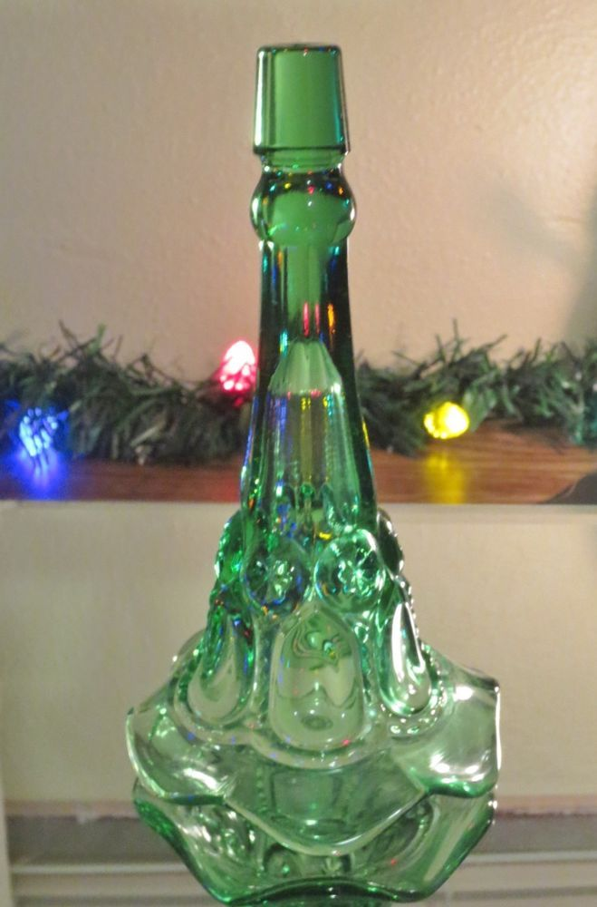 Vintage L.E. Smith Glass MOON AND STARS Epergne Horn-GREEN