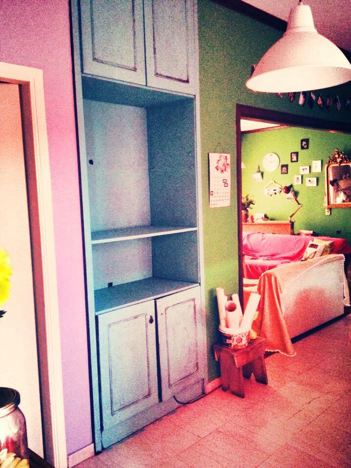 Old furniture hangings became a vintage with mint color !