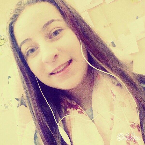 Miluj život když můžeš ...  Měj rád/a koho chceš ... Ale nikdy se nevzdávej :*