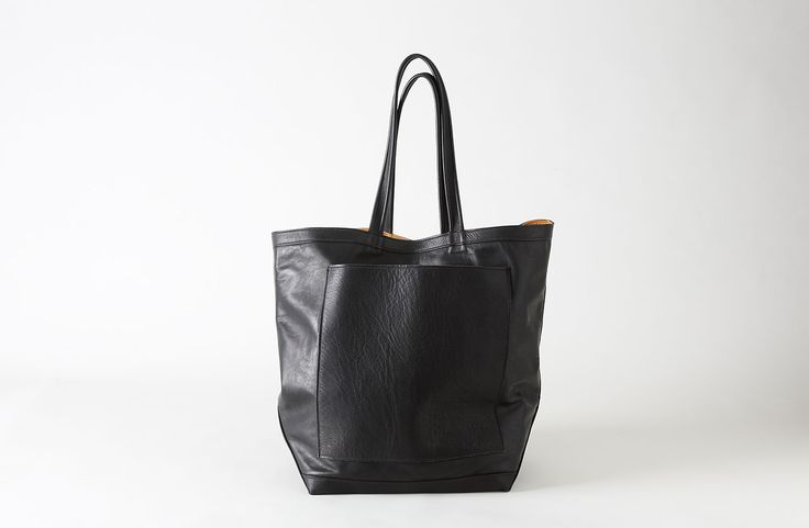 RTH Smooth Black Leather Market Tote : MARCH
