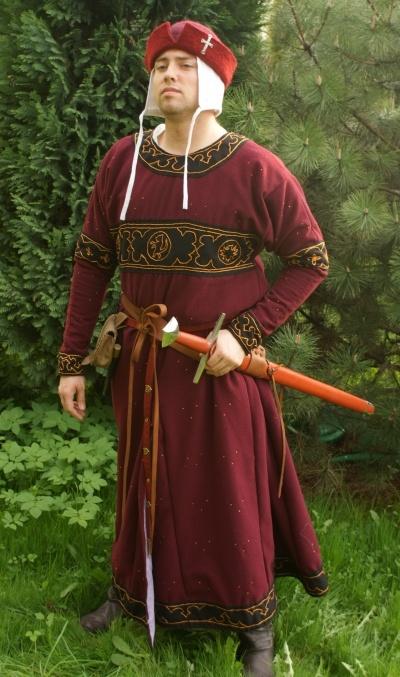 Angelsaksische man uit de 12de/13de eeuw. Het kruis op zijn hoed is een mooi detail.