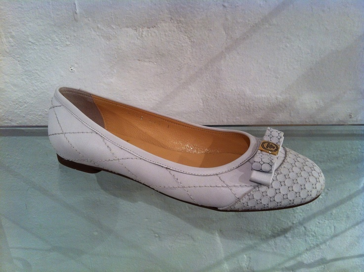 White pumps by Francesca.