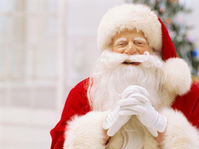 Hat der Nikolaus nicht alle Wünsche erfüllt? Dann schnell zum Dresdner Weihnachtsmarkt: http://www.lastminute.de/reisen/deutschland/dresden/