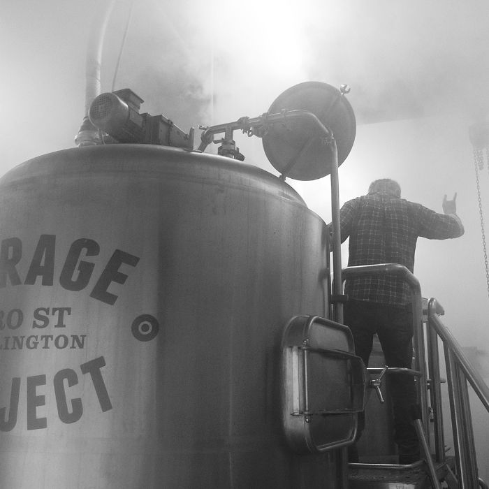 Om goed bier te brouwen heb je hasj, vulkanisch gesteente en een onderzeeër nodig.