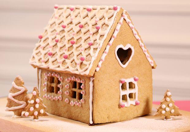 Une maison en pain d'épices - Toutes nos patisseries créatives - Prima.fr