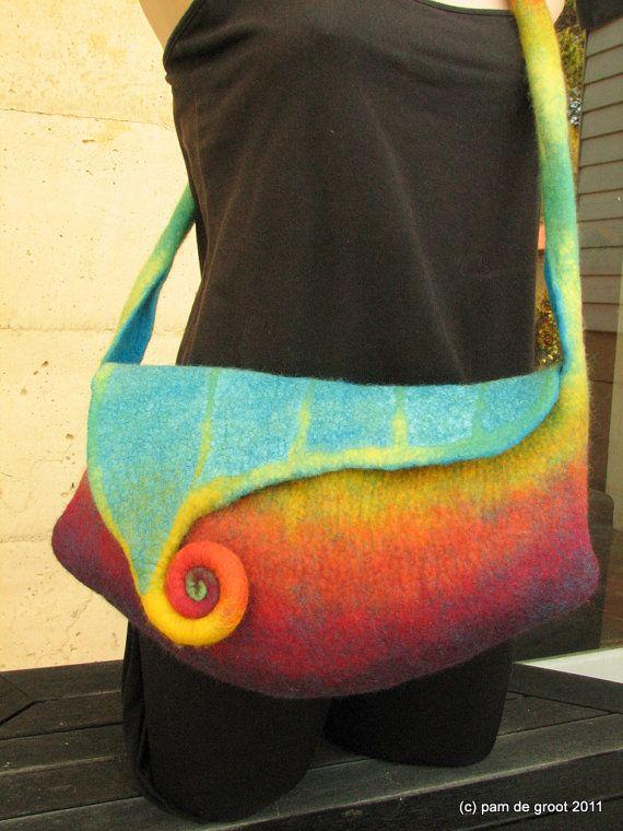 Felted handbag. Love this! <3<3<3 Beautiful Colourful Felt Bag-Made  w' Skill, Talent & Creativity - FAB!<3<3<3 {TAG: Pinit] @