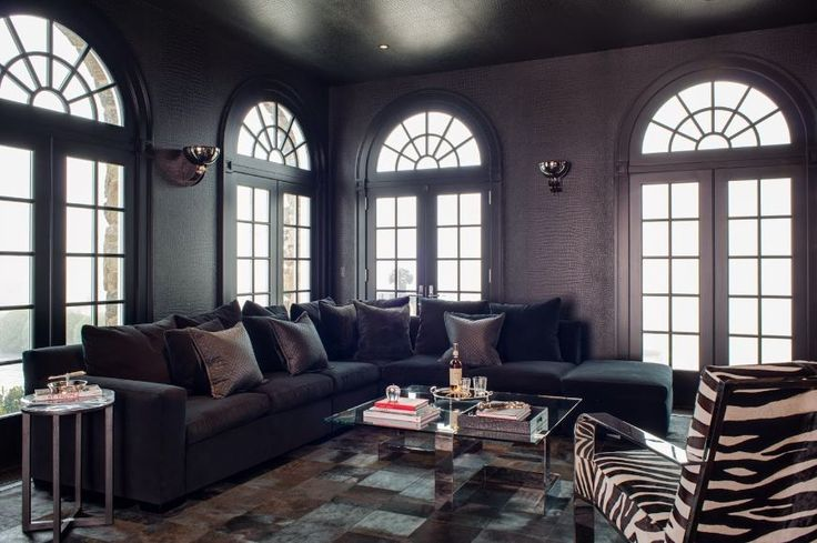 The Most Sophisticated Living Room Ideas By Birgit Klein Interiors   Modern Sofas. Living Room Set. Black Sofa. #modernsofas #livingroomdesign #blacksofa Read more: http://modernsofas.eu/2016/08/22/sophisticated-living-room-ideas-birgit-klein-interiors/