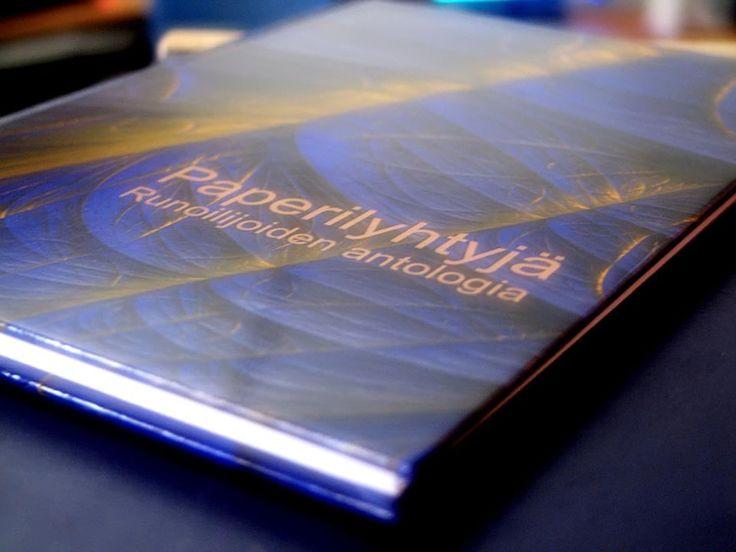 Paperilyhtyjä - runoilijoiden antologia