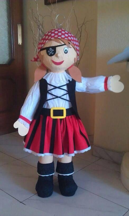 Pirate Girl Piñata  /  Piñata Chica Pirata