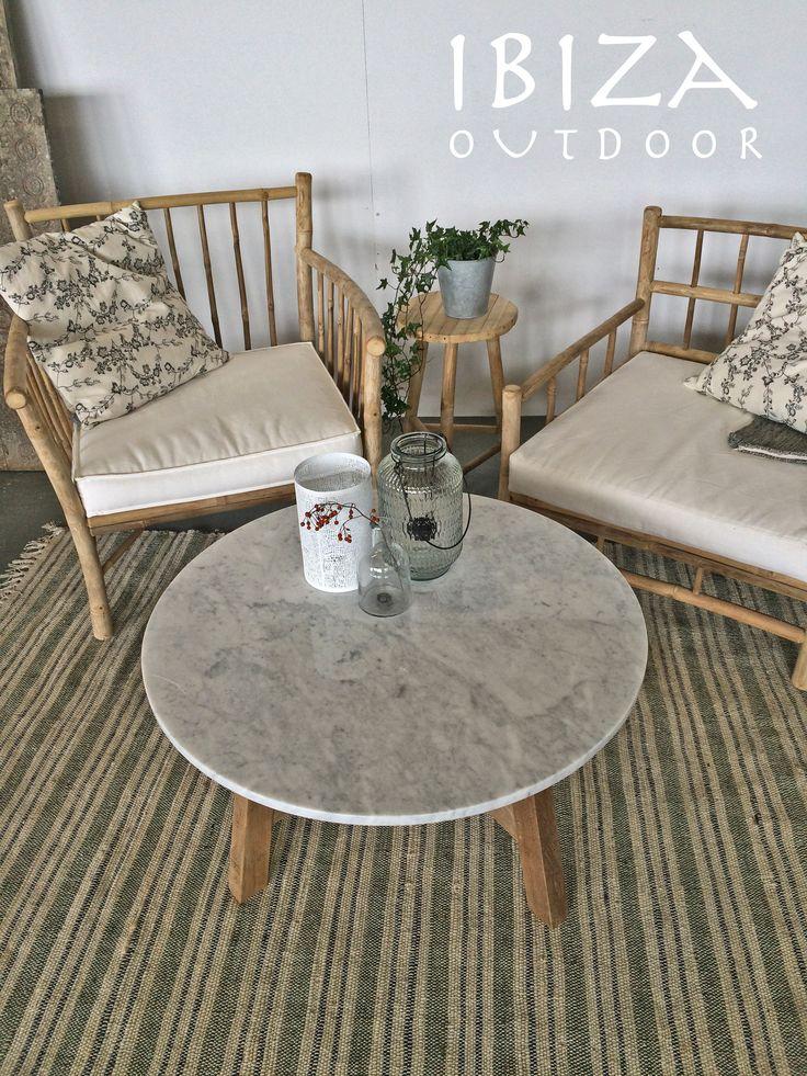Leuk! Deze elegante loungeset bestaande uit de marmeren salontafel en bamboe loungestoelen is naar een mooi huis gegaan in Utrecht, zal absoluut mooi komen te staan op de overdekte veranda van Gijs en Mirjam, Enjoy! bij interesse mail naar ibizaoutdoor@gmail.com ook voor een afspraak in de loods.
