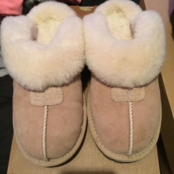 Ugg slipper Sand colored ugg slipper size 7 like new comes with box and certificate of authentication UGG Shoes Slippers