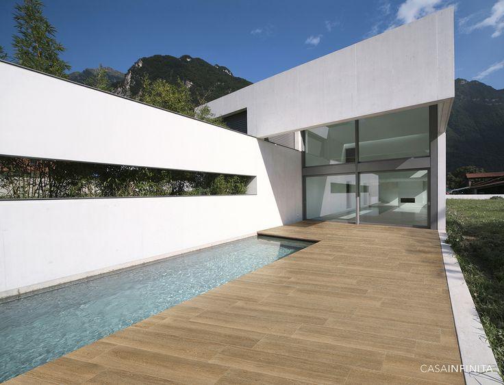 #exterior #terraza #maderacerámica #cerámica #tilewood #wood #tiles #arquitectura #architecture #inspiración #inspiration #minimalismo #piscina #verano