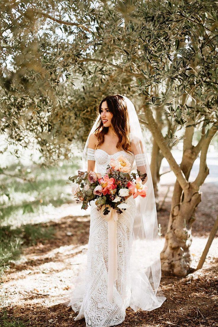 FESTIVAL BRAUT | Böhmischer Chic | Rustikale Ranch-Hochzeit von Kara und Kevin   – :wedding bliss: