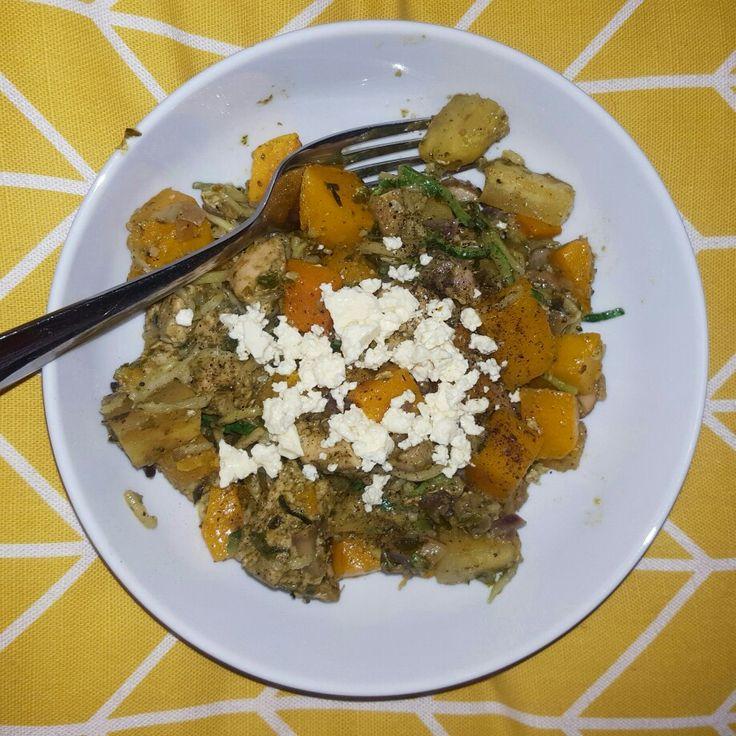Dinner time on Tutorial Tuesday.  Yummy Recipe on my blog HUIDRIE MARAIS