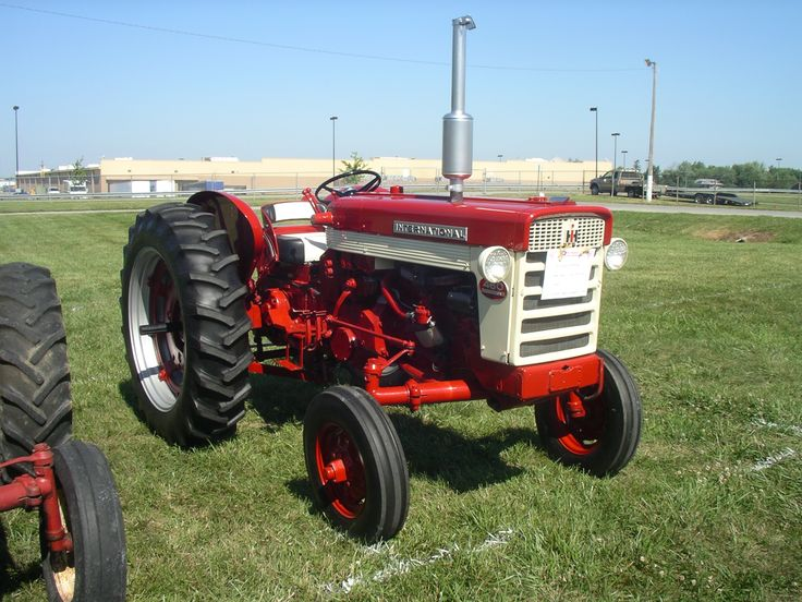 Farmall 460 Tractor Parts : Ih hi utility red power round up lima oh