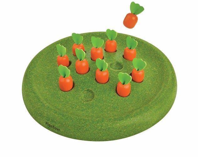 KoKoBello - barnkläder, leksaker & bärsjalar - Solitär med morötter från Plantoys