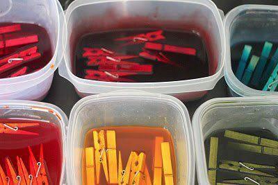 Este blog é sobre artesanatos em geral.E.v.a,pintura em tecido,costuras,feltro,biscuit e muito mais.