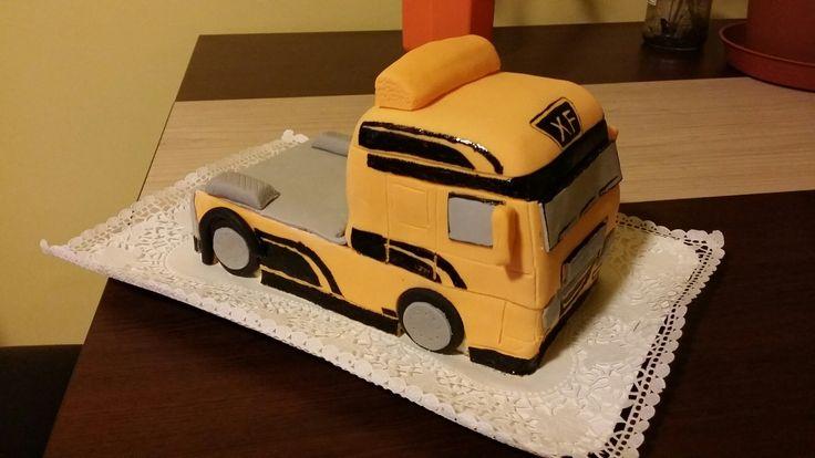 Track cake