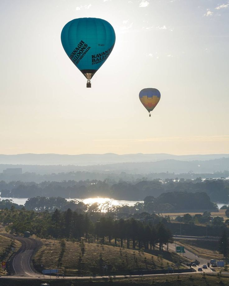 A new year has begun and it's the perfect time for new beginnings, new ideas, new challenges and new goals. We want to know, what are your top things to see, do, taste, try and experience in Canberra in 2017? #visitcanberra #CBRbucketlist
