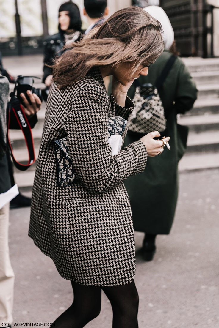 http://www.collagevintage.com/2017/03/pfw-street-style-i-2/