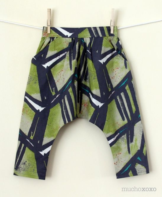 Mucho xoxo's adorable kid's harem pants #sewing #harem #mchammer